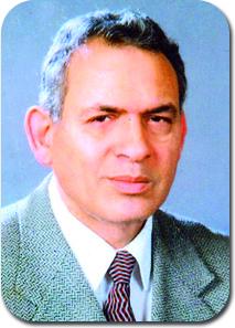 أ.د محمد رفيق خليل - نقيب أطباء الإسكندرية - فوق السن